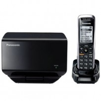 KX-TGP500 Panasonic SIP IP Expandable Cordless Phone System with Location-Free Base Station and 1 Cordless Handset